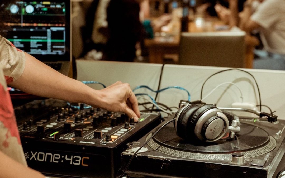 DJ Your Dinner Party